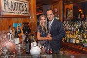 20-Jahresfeier - Planters Bar - Di 25.10.2016 - Robert GLOCK mit Ehefrau Stefanie21