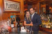 20-Jahresfeier - Planters Bar - Di 25.10.2016 - Robert GLOCK mit Ehefrau Stefanie22
