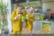 Fotoshooting Lugners - Lugner City - Do 27.10.2016 - Richard und Cathy LUGNER17
