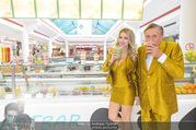 Fotoshooting Lugners - Lugner City - Do 27.10.2016 - Richard und Cathy LUGNER20