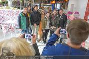 Fotoshooting Lugners - Lugner City - Do 27.10.2016 - Richard und Cathy LUGNER38