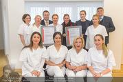 Zertifikat Überreichung - Ordination Wegrostek - Do 01.12.2016 - Andrea KDOLSKY, Eva WEGROSTEK mit Team, Klaus MLEKUS17