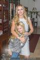 Cathy Lugner Geburtstagsfeier - Restaurant Angelo - Sa 10.12.2016 - Cathy LUGNER mit Tochter Leonie25