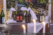 Cathy Lugner Geburtstagsfeier - Restaurant Angelo - Sa 10.12.2016 - Weinsortiment3