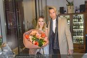 Cathy Lugner Geburtstagsfeier - Restaurant Angelo - Sa 10.12.2016 - Cathy LUGNER, Florian WESS38