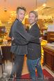 Cathy Lugner Geburtstagsfeier - Restaurant Angelo - Sa 10.12.2016 - Florian WESS, Robin BADE43