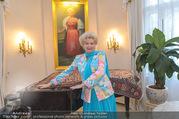 Empfang zum Zuckerbäckerball - Privatwohnung Sarata - Mo 12.12.2016 - Birgit SARATA5