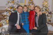Weihnachtsball für Kinder - Hofburg - Mi 14.12.2016 - Anja RICHTER, Christian DEUTSCH mit Kindern Julius und Helene16