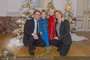 Weihnachtsball für Kinder - Hofburg - Mi 14.12.2016 - Anja RICHTER, Christian DEUTSCH mit Kindern Julius und Helene17
