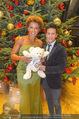 Weihnachtsball für Kinder - Hofburg - Mi 14.12.2016 - Arabella KIESBAUER, Vincent BUENO18