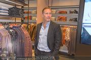 Opening - Brax Store Wien - Mi 14.12.2016 - Benno FÜRMANN40