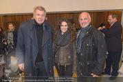 Premiere - Kammerspiele - Do 15.12.2016 - Werner SCHNEYDER, Fritz EGGER mit Tochter Johanna6