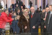 Erwin Pröll 70er Geburtstagsfeier - Stift Göttweig - Sa 17.12.2016 - Erwin PR�LL mit Ehefrau Sissi (Elisabeth)22