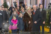 Erwin Pröll 70er Geburtstagsfeier - Stift Göttweig - Sa 17.12.2016 - Erwin PR�LL mit Ehefrau Sissi (Elisabeth) und Familie (Tochter)23