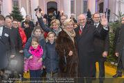 Erwin Pröll 70er Geburtstagsfeier - Stift Göttweig - Sa 17.12.2016 - Erwin PR�LL mit Ehefrau Sissi (Elisabeth) und Familie (Tochter)27