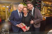 Serafins Geburtstagsfeier - Kulinarium 7 - Di 20.12.2016 - Familie Harald und Ingeborg Mausi SERAFIN mit Sohn Daniel23
