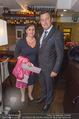 Serafins Geburtstagsfeier - Kulinarium 7 - Di 20.12.2016 - Peter HANKE mit Ehefrau7