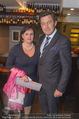 Serafins Geburtstagsfeier - Kulinarium 7 - Di 20.12.2016 - Peter HANKE mit Ehefrau8