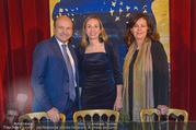 Opernball PK - Staatsoper - Mo 23.01.2017 - Maria GRO�BAUER GROSSBAUER, Dominique MEYER, Eva DINTSIS34