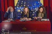 Opernball PK - Staatsoper - Mo 23.01.2017 - Maria GRO�BAUER GROSSBAUER, Dominique MEYER, Eva DINTSIS41