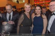 Regenbogenball - Parkhotel Schönbrunn - Sa 28.01.2017 - Muna DUZDAR, Sandra FRAUENBERGER9