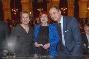 Österreichischer Filmpreis - Rathaus - Mi 01.02.2017 - Marlene ROPAC, Valie EXPORT, Andreas Mailath POKORNY104