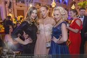 Ball der Wiener Wirtschaft - Hofburg - Sa 11.02.2017 - Chrissi KLUG, Vera B�HNISCH, Fr�ulein MAI (Missy MAY)50