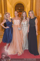 Ball der Wiener Wirtschaft - Hofburg - Sa 11.02.2017 - Zoe STRAUB, Vera B�HNISCH, Fr�ulein MAI, Diana LUEGER70