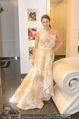 Lugner Kleidanprobe ohne Frau - Popp & Kretschmer - Sa 18.02.2017 - Kristina WORSEG (HASELBAUER) probiert verschiedene Kleider an18