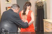 Lugner Kleidanprobe ohne Frau - Popp & Kretschmer - Sa 18.02.2017 - Richard LUGNER, Kristina WORSEG (HASELBAUER)28