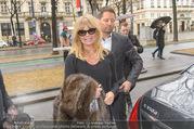 Goldie Hawn Ankunft - Flughafen und Grand Hotel - Di 21.02.2017 - Goldie HAWN37
