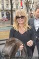 Goldie Hawn Ankunft - Flughafen und Grand Hotel - Di 21.02.2017 - Goldie HAWN38