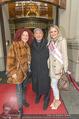Goldie Hawn Ankunft - Flughafen und Grand Hotel - Di 21.02.2017 - Christina und Richard LUGNER, Opernballprinzessin40