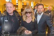 Goldie Hawn Ankunft - Flughafen und Grand Hotel - Di 21.02.2017 - Goldie HAWN47