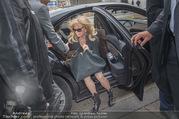 Goldie Hawn PK und Autogrammstunde - Lugner City - Mi 22.02.2017 - Goldie HAWN5