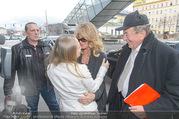 Goldie Hawn PK und Autogrammstunde - Lugner City - Mi 22.02.2017 - Goldie HAWN, Richard und Jacki Jacqueline LUGNER8