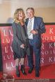 Goldie Hawn PK und Autogrammstunde - Lugner City - Mi 22.02.2017 - Goldie HAWN, Richard LUGNER17