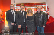 Goldie Hawn PK und Autogrammstunde - Lugner City - Mi 22.02.2017 - Goldie HAWN mit Security Team32
