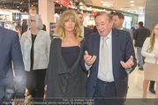 Goldie Hawn PK und Autogrammstunde - Lugner City - Mi 22.02.2017 - Goldie HAWN, Richard LUGNER schlendern durchs Einkaufszentrum39