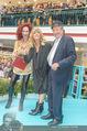 Goldie Hawn PK und Autogrammstunde - Lugner City - Mi 22.02.2017 - Goldie HAWN, Richard und Christina LUGNER59