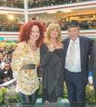 Goldie Hawn PK und Autogrammstunde - Lugner City - Mi 22.02.2017 - Goldie HAWN, Richard und Christina LUGNER66