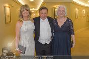 Goldie Hawn Fototermin - Grand Hotel - Do 23.02.2017 - Goldie HAWN, Richard LUGNER, Teri SCHWARTZ1
