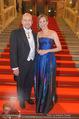 Opernball 2017 - Staatsoper - Do 23.02.2017 - Maria GRO�BAUER GROSSBAUER, Dominique MEYER2
