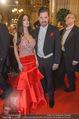 Opernball 2017 - Staatsoper - Do 23.02.2017 - Daniela SERAFIN mit Begleitung Mia FRANICH61