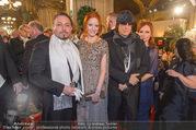 Opernball 2017 - Staatsoper - Do 23.02.2017 - Barbara MEIER, Klemens HALLMANN, Gottfried und Renate HELNWEIN65