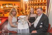 Opernball 2017 - Staatsoper - Do 23.02.2017 - Goldie HAWN, Richard und Jacqueline LUGNER Logenfoto156