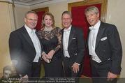 Opernball 2017 - Staatsoper - Do 23.02.2017 - Christine und Karl MAHRER, Manfred DENNER, Dominic HEINZL233