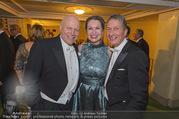 Opernball 2017 - Staatsoper - Do 23.02.2017 - Ralph und Raphaela VALON, Manfred DENNER235