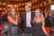 Opernball 2017 - Staatsoper - Do 23.02.2017 - Gina-Lisa LOHFINK, Florian WESS, Cathy LUGNER auf der Tanzfl�ch268