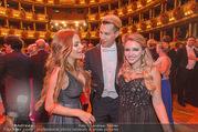 Opernball 2017 - Staatsoper - Do 23.02.2017 - Gina-Lisa LOHFINK, Florian WESS, Cathy LUGNER auf der Tanzfl�ch269